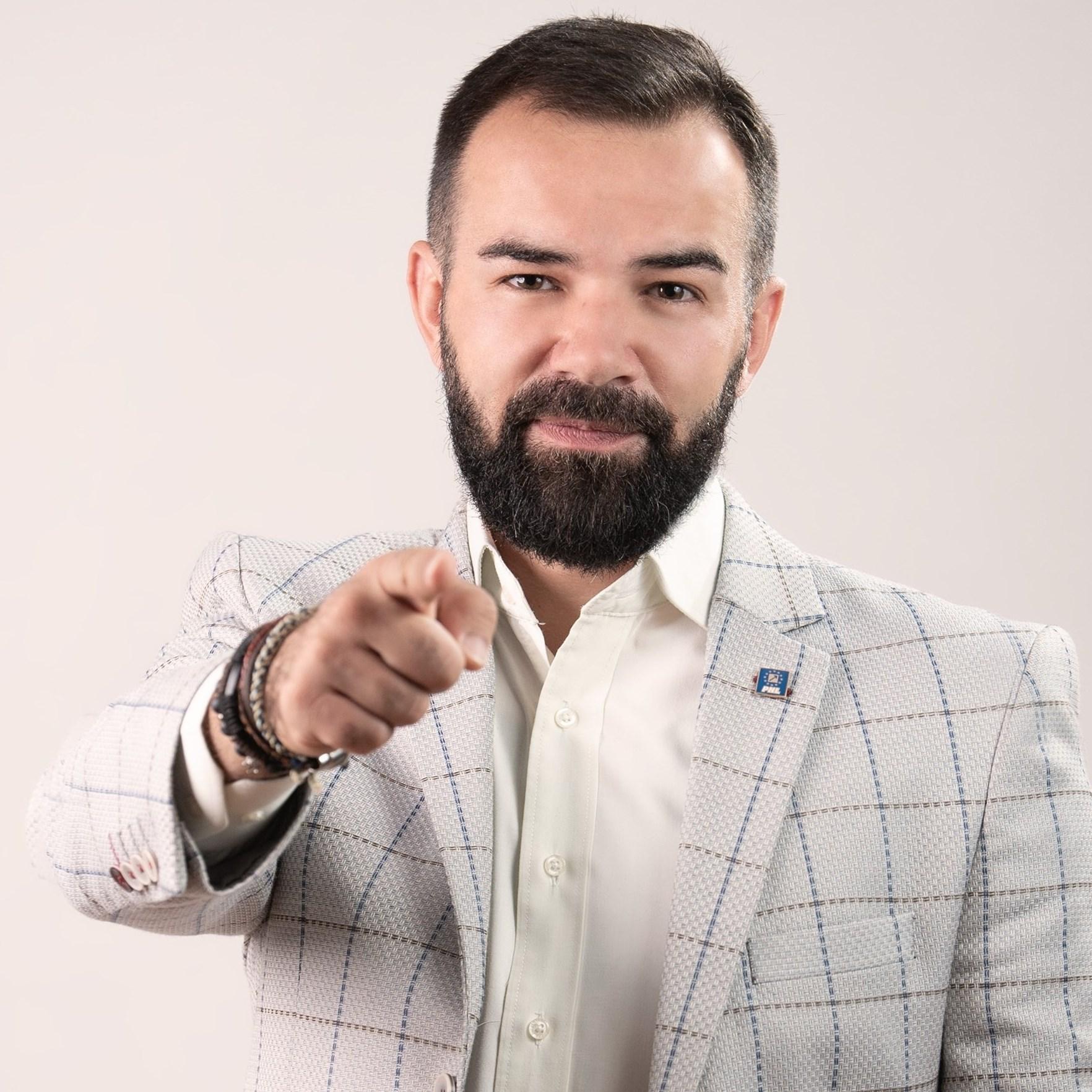 """Constantin POPA: """"Schimbarea este bună, iar eu fac parte dintre cei schimbaţi"""""""