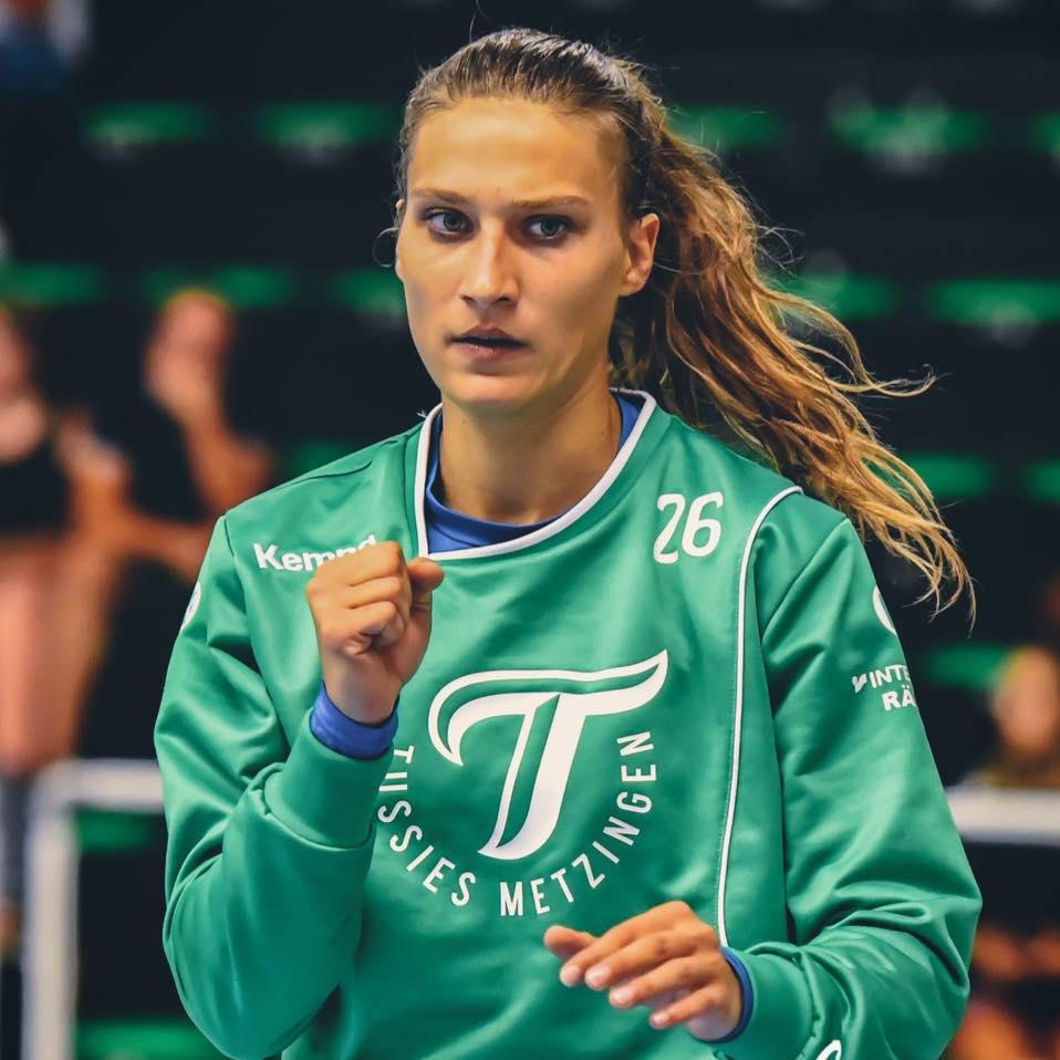 Isabell Roch, la Vâlcea!