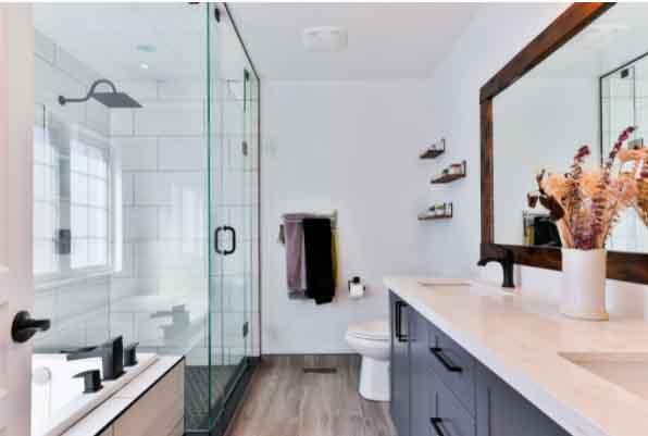 Dacă vrei să ai o casă a secolului XXI, atunci începe cu baia!