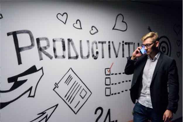 Ești antreprenor și vrei să îți promovezi afacerea? Află care sunt cele mai bune instrumente de marketing pentru o promovare eficientă a business-ului tău!