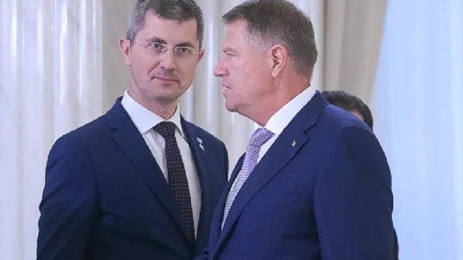 Criza politică în România, un joc al umbrelor, al păcălelilor, al negocierilor